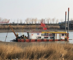 绞吸式环保疏浚船